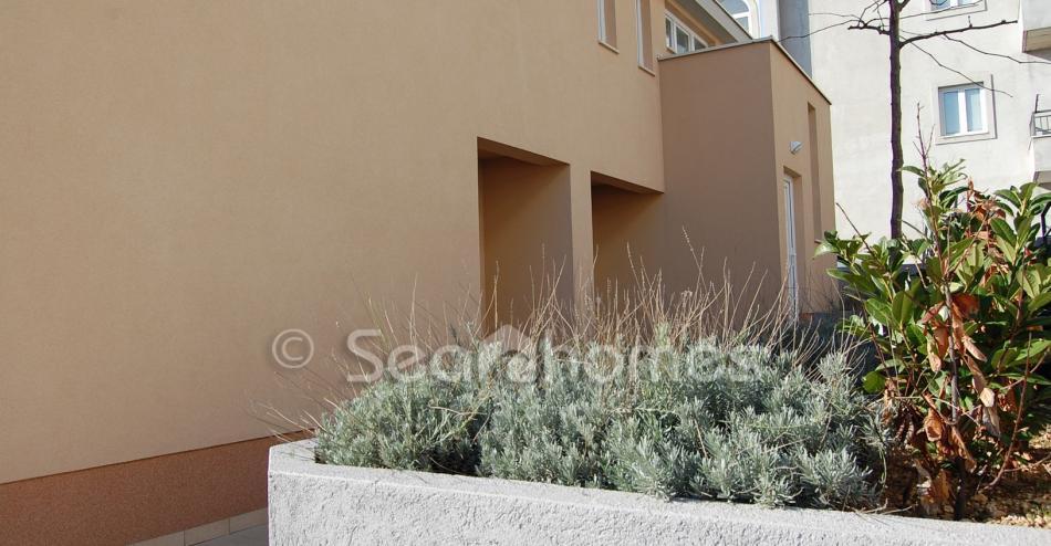 Prodaja nekretnina Makarska rivijera / Sea homes - Prizemlje, dvije sobe, vel...